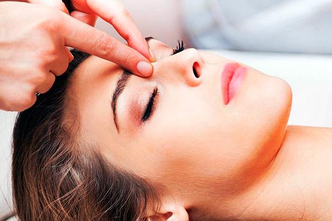 точечный массаж при насморке